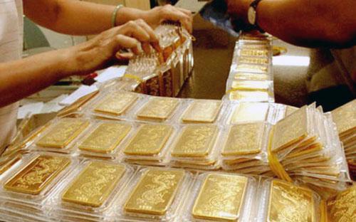 Thị trường đang cho thấy khả năng thẩm thấu tốt vàng đấu thầu cho dù  lực mua vàng cho nhu cầu tất toán của các tổ chức tín dụng không còn.