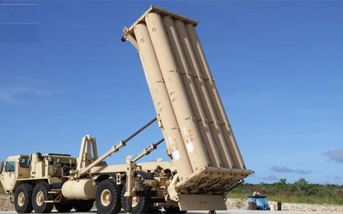 Một phần hệ thống phòng thủ tên lửa Thaad do Mỹ triển khai ở Guam tháng 10/2015 - Ảnh: Stars and Stripes.<br>