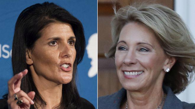 Bà Nikki Haley (trái) và Betsy Devos - Ảnh: AP/BBC.<br>