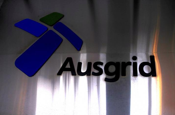 Ausgrid là mạng lưới truyền tải điện lớn nhất của Australia - Ảnh: Reuters.<br>