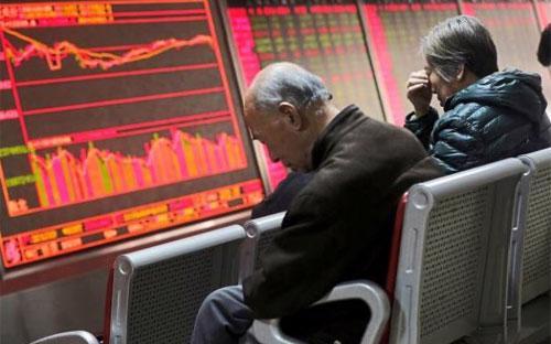 Trong tháng 2, Shanghai Composite Index giảm 1,8%, sau khi giảm 23% trong tháng 1.