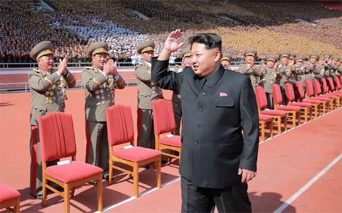 Nhà lãnh đạo Triều Tiên Kim Jong Un tại lễ kỷ niệm 70 năm ngày thành lập Đảng Lao động cầm quyền tại Bình Nhưỡng, năm 2015 - Ảnh: Xinhua/Getty/Bloomberg.<br>