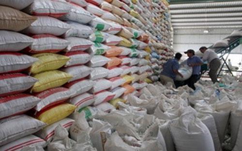 Trái với xu hướng giảm giá của gạo Thái Lan, giá gạo Việt Nam tuần qua tăng nhẹ.