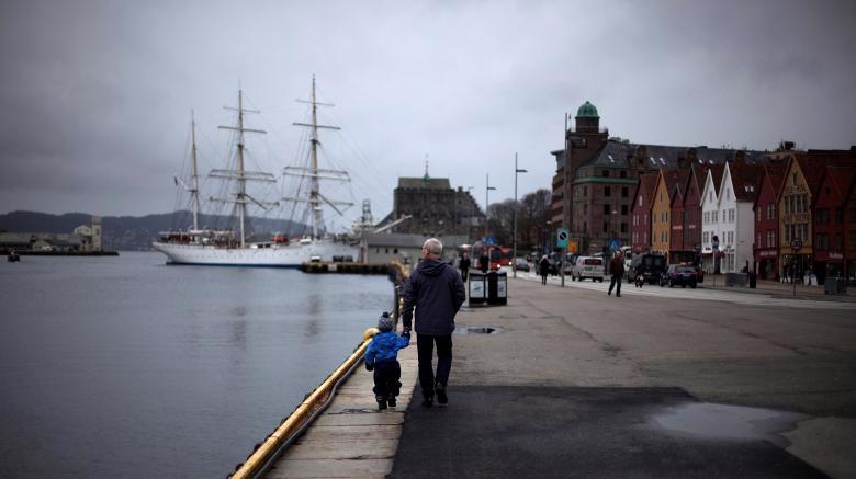 Na Uy được xếp hạng là quốc gia hạnh phúc nhất thế giới - Ảnh: Reuters.<br>