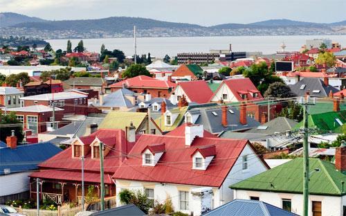 Sốt địa ốc ở Australia được cho là xuất phát từ mức lãi suất thấp kỷ  lục, nhu cầu mạnh của các nhà đầu tư, và tăng trưởng dân số nhanh chóng - Ảnh: iStock/Business Insider.<br>