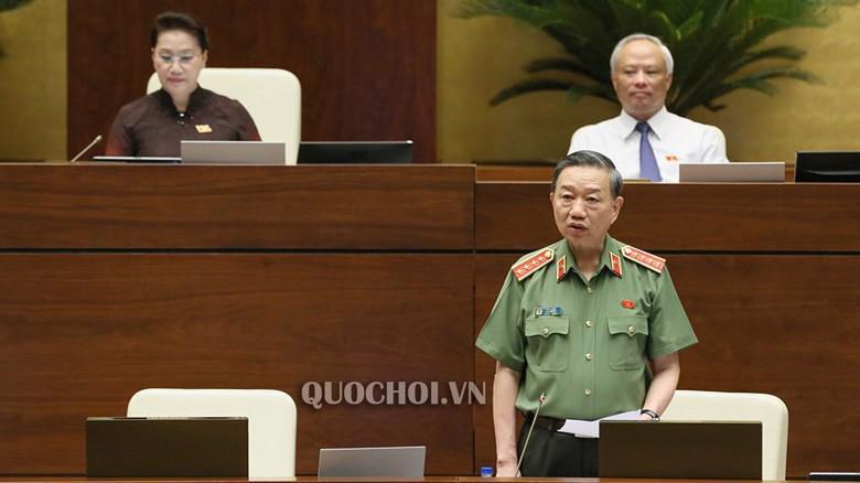 Bộ trưởng Bộ Công an Tô Lâm trả lời chất vấn