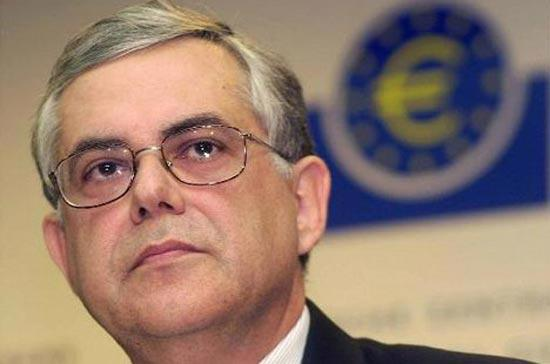 Thủ tướng Hy Lạp Lucas Papademos đã cảnh báo một năm khó khăn phía trước đối với nước này.