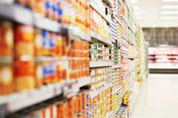 Nhiều người Mỹ có thói quen tiêu xài gây lãng phí không ít.