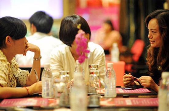 Nhiều doanh nhân thành đạt ở Trung Quốc đang rơi vào cảnh bế tắc khi không thể có được hạnh phúc gia đình trọn vẹn.