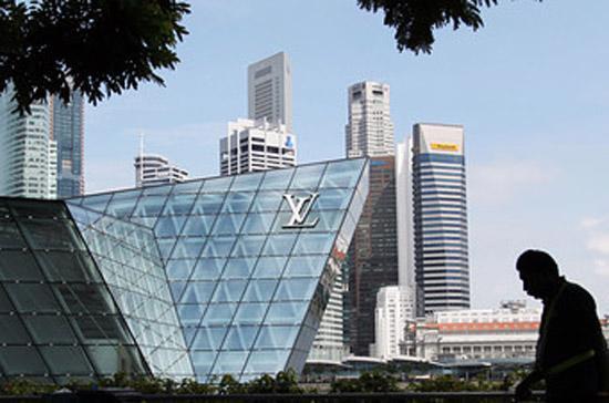 Chắc chắn, số triệu phú gia tăng ở Singapore là một nguyên nhân phía sau sự thịnh vượng ở nước này - Ảnh: AP.