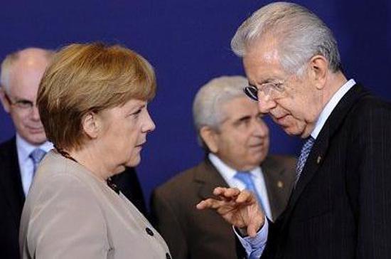 """Chủ tịch EU Herman van Rompuy nói quyết định mới sẽ phá vỡ """"vòng tròn luẩn quẩn"""" giữa các ngân hàng và chính phủ."""