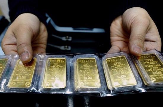 Tuần trước, vàng miếng tăng giá khoảng 500.000 đồng/lượng nhờ giá vàng quốc tế có tuần tăng mạnh nhất trong 1 tháng trở lại đây. Tuy nhiên, thị trường vẫn đang trong trạng thái trầm lắng.