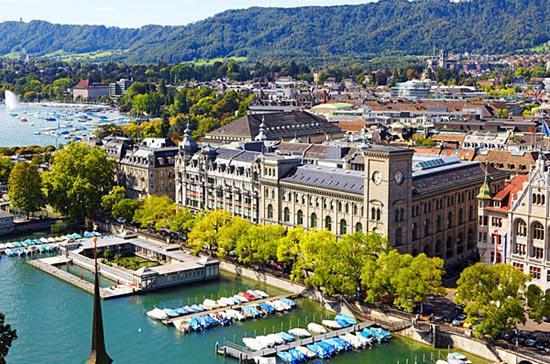 Tỷ giá đồng Franc Thụy Sỹ gia tăng đã khiến hai thành phố lớn của nước này vượt lên thứ hạng cao về giá trị cuộc sống.