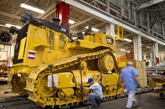 Bên trong một nhà máy của Caterpillar. Trong 5 năm qua, doanh thu xuất khẩu máy móc của công ty Mỹ này sang Nga đã đạt 2 tỷ USD - Ảnh: New York Times.