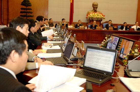 Một phiên họp trực tuyến của Chính phủ. Việc Chính phủ tham vấn các chuyên gia trong nước có thể sẽ được thúc đẩy hơn nữa trong thời gian tới.