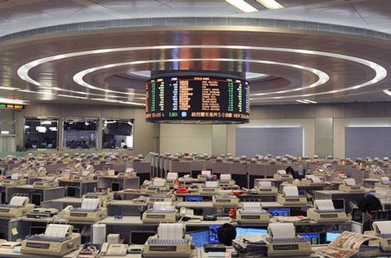 Chứng khoán Hồng Kông hôm nay dẫn đầu sự lên điểm của thị trường khu vực. Đóng cửa, chỉ số Hang Seng tăng 1,6% - Ảnh: Getty.