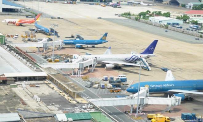 Tổ công tác của Thủ tướng cũng đề nghị giảm giá vé, nâng cao sức cạnh tranh với các hãng bay nước ngoài.