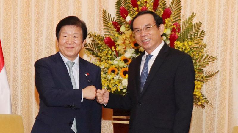 Bí thư Thành ủy TP.HCM Nguyễn Văn Nên và Chủ tịch Quốc hội Hàn Quốc Park Byeong-Seug tại buổi tiếp chiều 4/11 - Ảnh: Thành ủy TP.HCM.