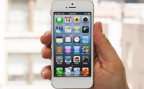Đầu phiên giao dịch chứng khoán Mỹ đêm qua, giá cổ phiếu của Apple đã giảm xuống 499 USD.