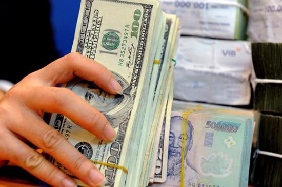 Theo Phó thống đốc Nguyễn Đồng Tiến, năm 2012, Ngân hàng Nhà nước tiếp tục kiểm soát tỷ trọng dư nợ lĩnh vực không khuyến khích (bất động sản, chứng khoán, tiêu dùng) ở mức 16%.