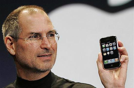 Steve Jobs đã qua đời hôm 5/10/2011, để lại nhiều niềm tiếc thương cho một tài năng hiếm có.