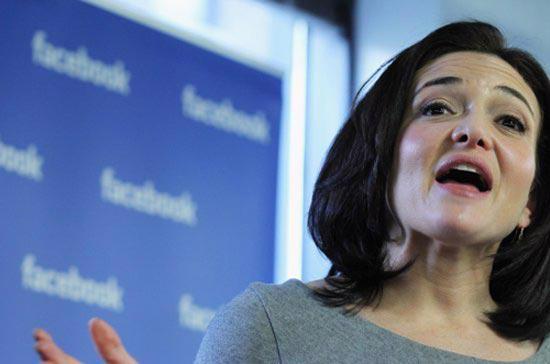 Trước khi gia nhập mạng xã hội Facebook, Sheryl Sandberg từng giữ chức Phó chủ tịch phụ trách các hoạt động và kinh doanh trực tuyến toàn cầu của Google.