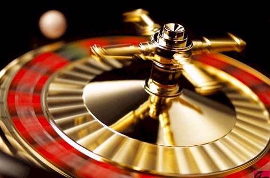 Chính phủ đã nhận được báo cáo của Bộ Kế hoạch và Đầu tư về kế hoạch xây dựng casino, Chính phủ cũng đã thống nhất giao cho Thường trực Chính phủ xem xét, phân tích những điều kiện cần thiết để cân nhắc nên hay không.