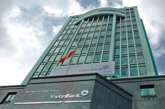 Với VietinBank, quyết định trên đặt trong bối cảnh nợ xấu ngân hàng này vừa gia tăng mạnh trong 6 tháng đầu năm 2012.