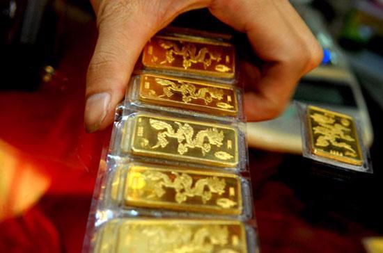 Quyết định 1623 tạo cơ sở pháp lý để Ngân hàng Nhà nước tổ chức sản xuất vàng miếng nhằm bổ sung nguồn cung vàng miếng, can thiệp thị trường khi cần thiết.