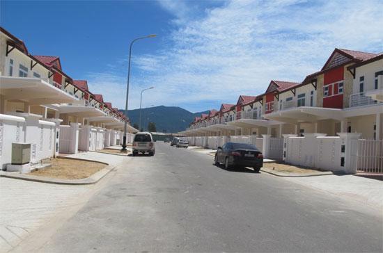 Tín dụng bất động sản chiếm một phần đáng kể trong tín dụng phi sản xuất.