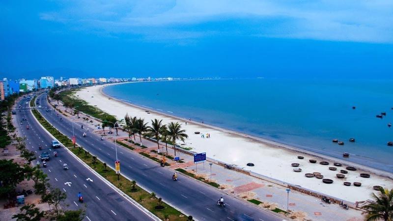 Bãi biển Mỹ Khê - top 6 bãi biển đẹp nhất hành tinh được Fobes bình chọn.