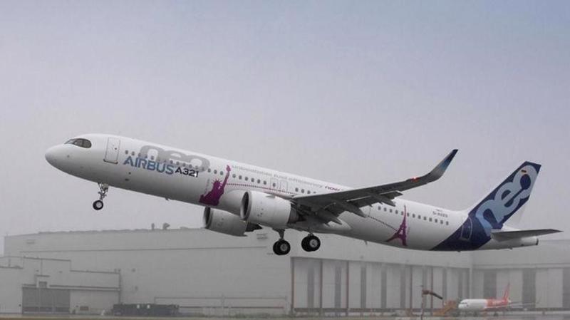 Chiếc A321 LR của Airbus cất cánh trong chuyến bay thử ở Hamburg, Đức - Ảnh: Airbus/CNBC.