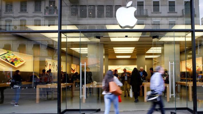 Một cửa hiệu Apple Store ở Zurich, Thụy Sỹ, tháng 4/2016 - Ảnh: Reuters.