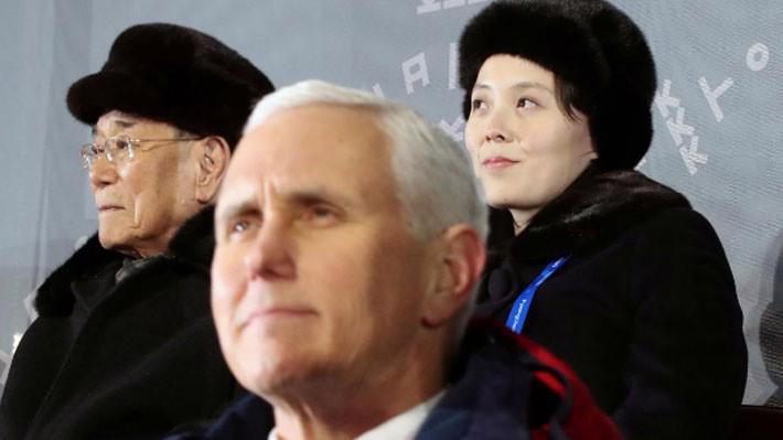 Từ trái qua: Chủ tịch Quốc hội Triều Tiên Kim Jong Nam, Phó tổng thống Mỹ Mike Pence và bà Kim Yo Jong - em gái nhà lãnh đạo Triều Tiên Kim Jong Un tại lễ khai mạc Thế vận hội mùa đông Pyeongchang, Hàn Quốc, hôm 9/2 - Ảnh: Reuters.