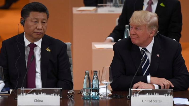Chủ tịch Trung Quốc Tập Cận Bình (trái) và Tổng thống Mỹ Donald Trump - Ảnh: Getty.