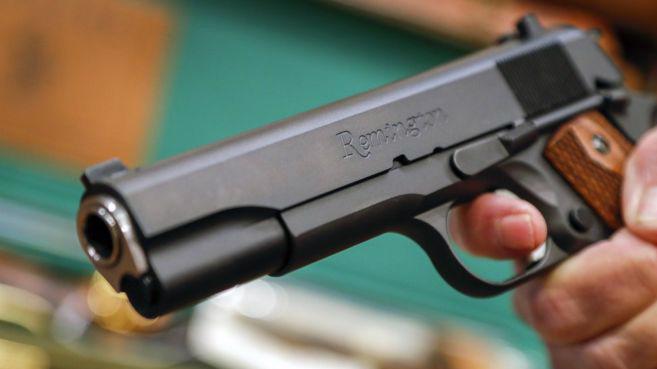 Remington là nhà sản xuất súng lâu đời nhất của Mỹ, ra đời vào năm 1816 - Ảnh: EPA/BBC.