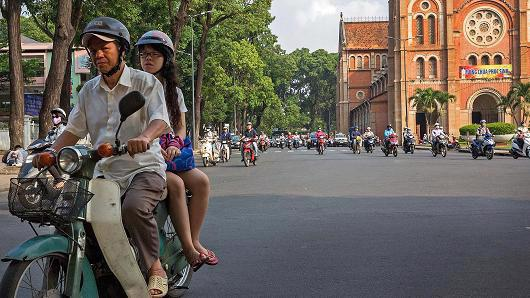 Quỹ Tiền tệ Quốc tế (IMF) dự báo kinh tế Việt Nam sẽ tăng trưởng 6,6% trong năm nay - Ảnh: Getty/CNBC.