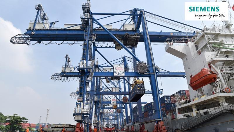 Và đối tác công nghệ được Tổng công ty Tân Cảng Sài Gòn tin tưởng lựa chọn cho cả 2 dự án này chính là Siemens với sản phẩm biến tần Sinamics được tích hợp trên nền tảng Simocrane.