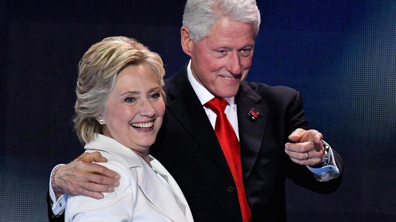 Ông bà Bill và Hillary Clinton - Ảnh: Getty/CNBC.