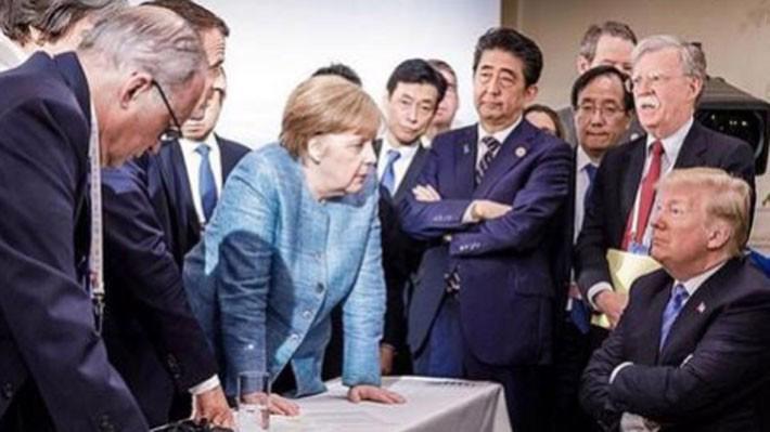 Bức ảnh đăng trên tài khoản Instagram chính thức của Thủ tướng Đức Angela Merkel phản ánh mâu thuẫn giữa Tổng thống Mỹ Donald Trump với các nhà lãnh đạo còn lại trong G7 tại thượng đỉnh vừa diễn ra ở Canada - Ảnh: Instagram/BBC.