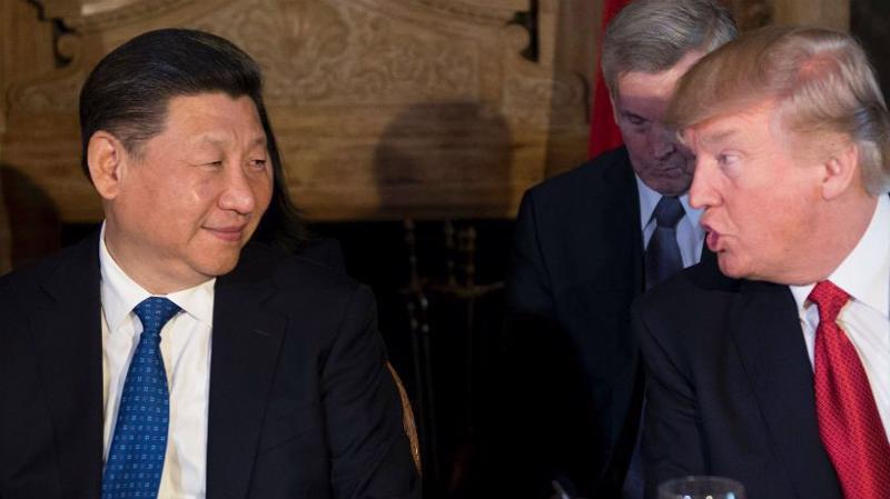 Chủ tịch Trung Quốc Tập Cận Bình (trái) và Tổng thống Mỹ Donald Trump tại cuộc gặp ở Florida tháng 4/2017 - Ảnh: Foreign Policy.