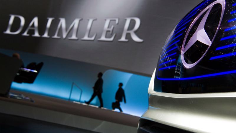 Daimler là công ty lớn toàn cầu đầu tiên lên tiếng cảnh báo về ảnh hưởng trực tiếp đến lợi nhuận từ leo thang căng thẳng thương mại Mỹ-Trung.