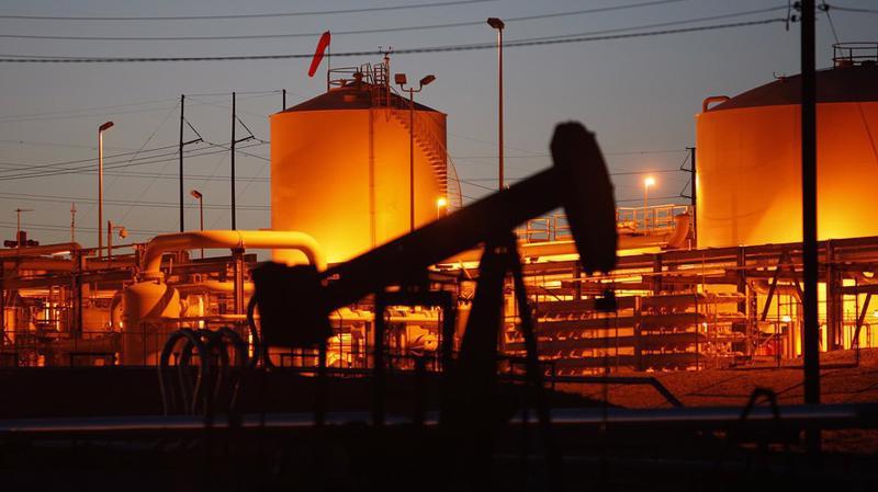 Trong nửa đầu năm 2018, giá dầu WTI tăng khoảng 23% - Ảnh: Getty/MW.