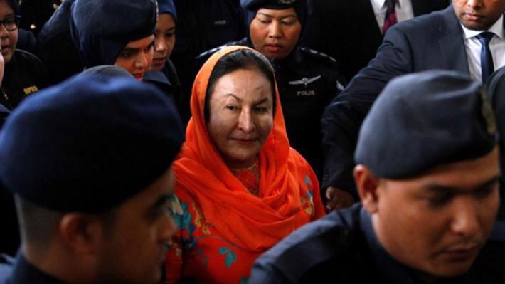 Bà Rosmah Mansor xuất hiện tại tòa án ở Kuala Lumpur sáng ngày 4/10 - Ảnh: Reuters.