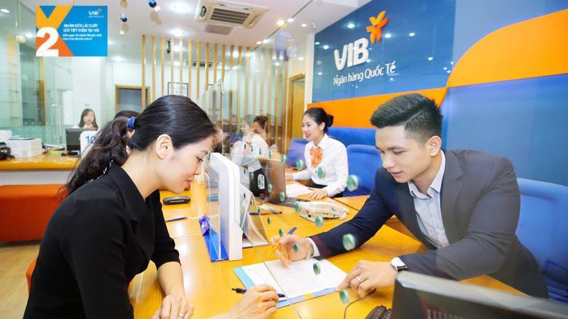 Chương trình áp dụng cho đến ngày 31/12/2018 cho sổ tiết kiệm mở mới tại chi nhánh VIB cũng như tài khoản tiền gửi trực tuyến trên Internet Banking hoặc ứng dụng ngân hàng di động MyVIB.
