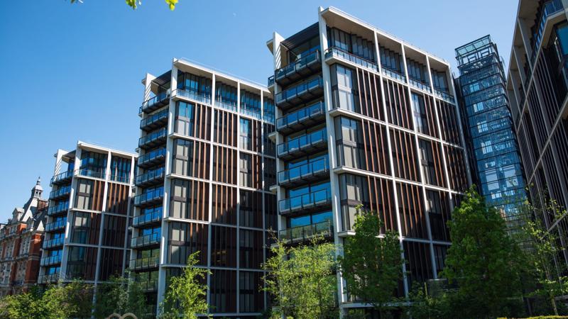 Khu tổ hợp chung cư, thương mại One Hyde Park tại Knightsbridge, London.