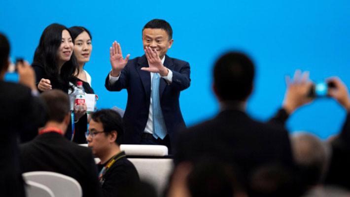 Tỷ phú Jack Ma tại diễn đàn kinh doanh trong khuôn khổ CIIE ngày 5/11 - Ảnh: Reuters.