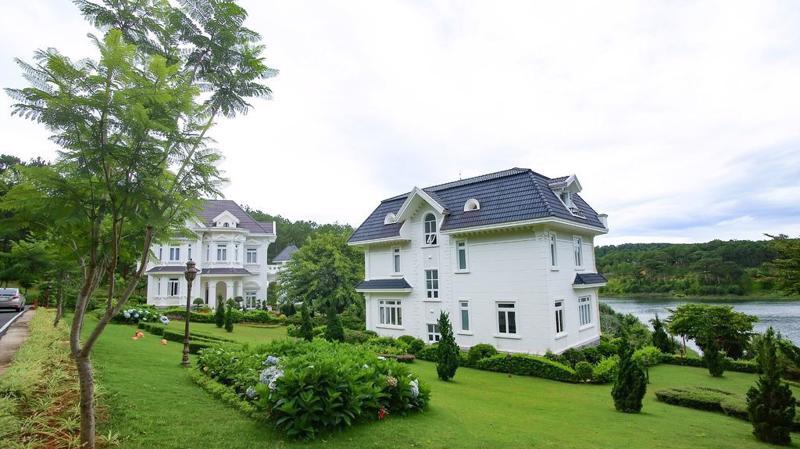 SAM Tuyền Lâm Golf & Resorts là biểu tượng của những dịch vụ nghỉ dưỡng đẳng cấp giữa thành phố Đà Lạt.