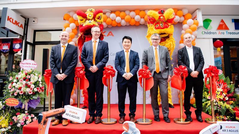 Việt Nam được đánh giá là một trong những nền sản xuất đang phát triển nhanh chóng trong vài thập kỉ gần đây.