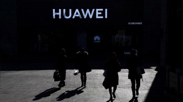 Huawei được xem là công ty toàn cầu nhất của Trung Quốc - Ảnh: Reuters.